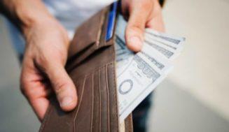 Copiez Ce Rituel Pour Attirer L'argent Avec Le Sel